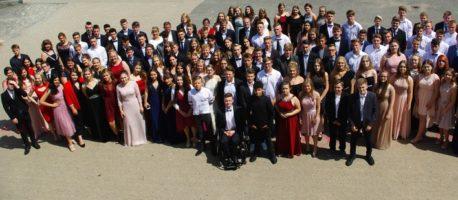 Erfolgreicher Abschlussjahrgang 10 von der Felix-Fechenbach-Gesamtschule entlassen